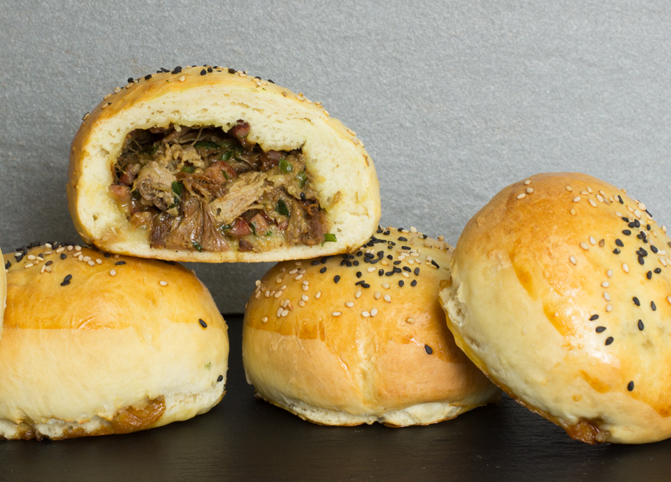 Pulled Pork im Burgerbrötchen by thecookingknitter.com