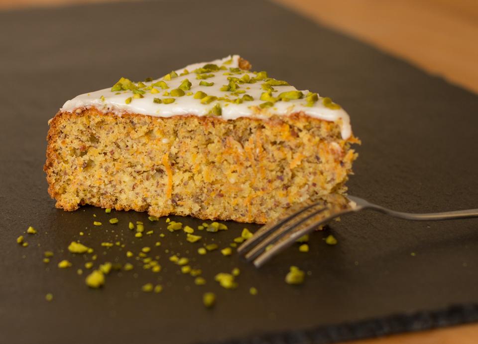 Karottenkuchen by thecookingknitter.com